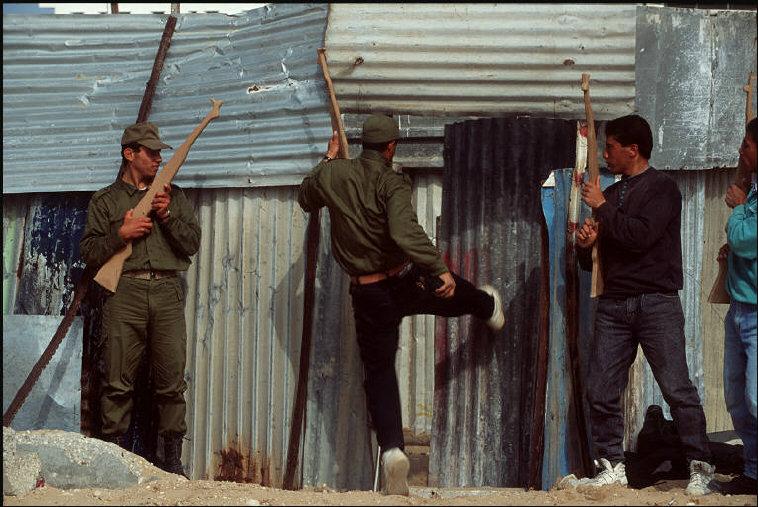 تدريبات ضد (الفلتان) لقوات ال17 عام 1995 - غزة