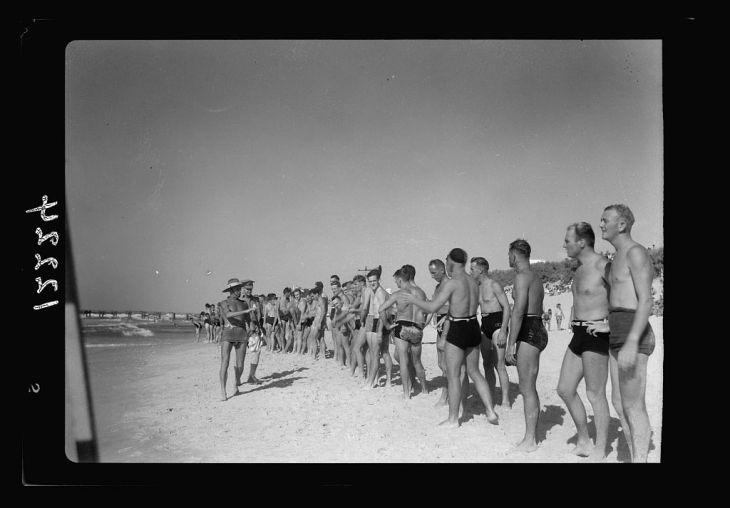مهرجان منظمة كومفورت الاستراليّة على شاطئ غزّة 2