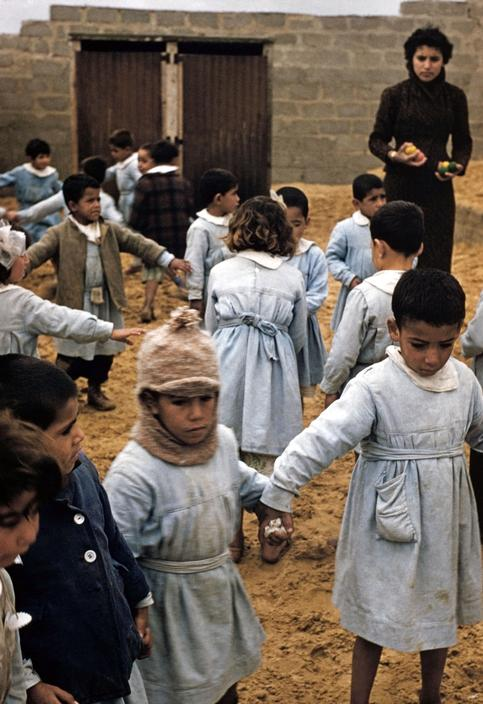 مدرسة للاجئين في مخيم جباليا عام 1960