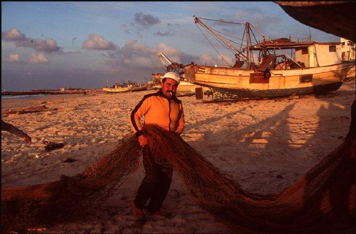 صيّاد من غزّة 1995
