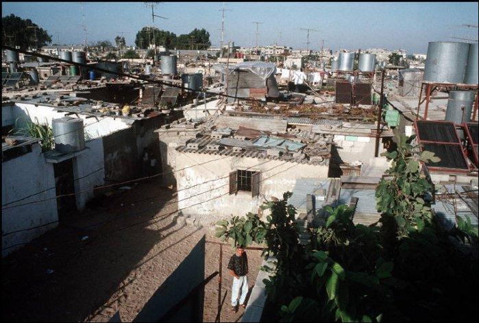 صورة لمخيّم لجوء 1991