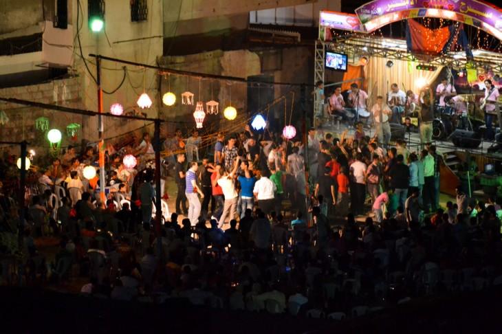حفلة لأحد العرسان في غزة