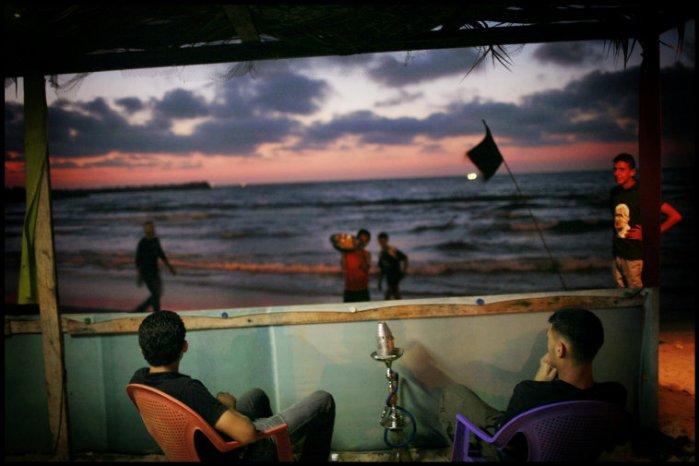 جلسة على شاطئ البحر 2007